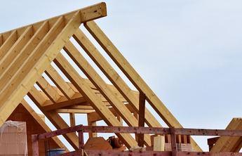 Aspectos legales para la construcción de una caseta en el jardín