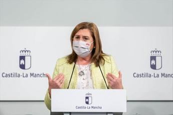 La vacunación del personal docente y no docente de los centros educativos de C-LM comenzará 'en una o dos semanas'