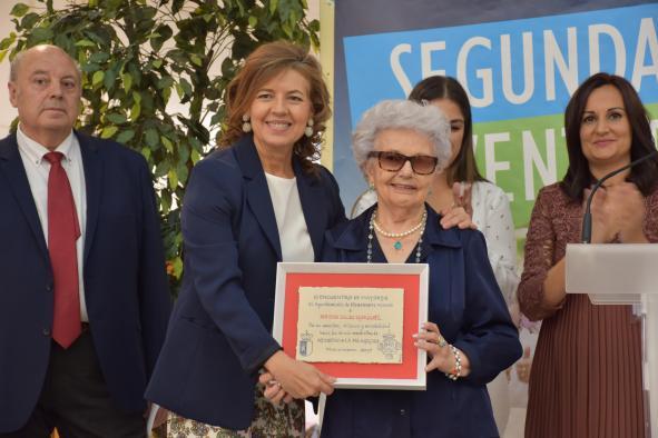 4.800 personas mayores se beneficiarán con el programa de Rutas Senderistas