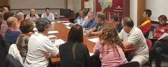 Imagen de archivo de una reunión del diputado de Deportes para mejorar el deporte escolar.