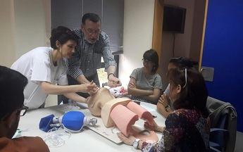 Curso sobre reanimación cardiopulmonar en el Centro de Salud de San Clemente (Cuenca)