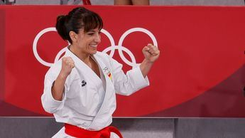 La talaverana Sandra Sánchez, medalla de oro en karate y la undécima de España