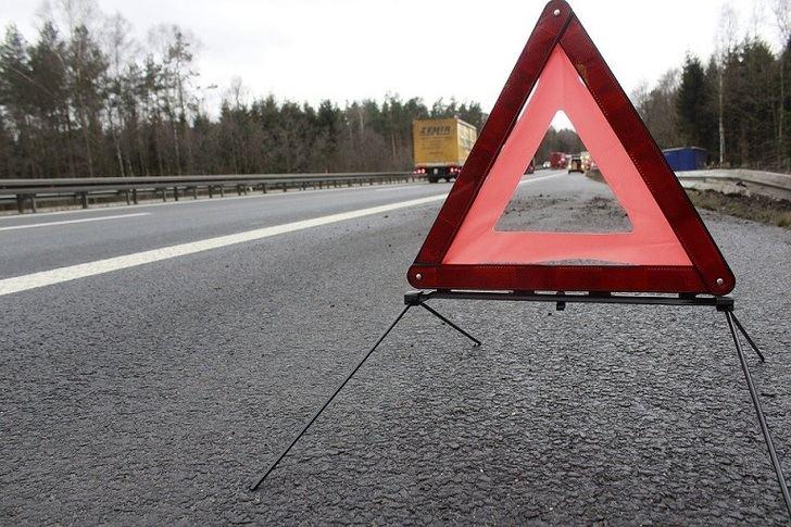 Nueva señal de emergencia obligatoria: señal V16