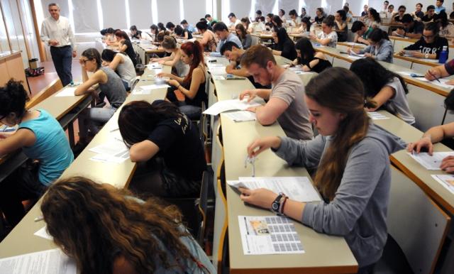 1.604 alumnos en las pruebas extraordinarias de la EvAU en Castilla-La Mancha