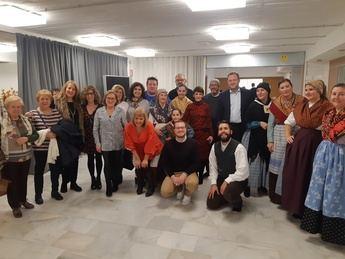 Los vecinos del barrio de Villacerrada, en Albacete, celebran su Semana Cultural con folclore, teatro y cocina