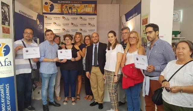 La Semana Santa de Albacete colabora con las familias de enfermos de Alzheimer