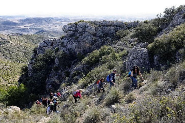 La comarca de los Campos de Hellín espera este fin de semana a los senderistas de la Diputación de Albacete