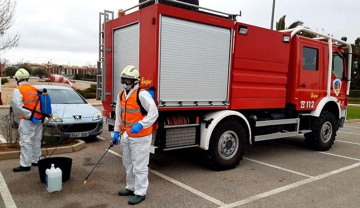 Los bomberos del SEPEI realizan 130 salidas a localidades de la provincia de Albacete para desinfectar