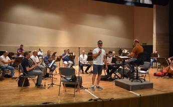 El concierto de la Banda Sinfónica Municipal de Albacete y Serafín Zubiri se pasa al Auditorio Municipal por la lluvia