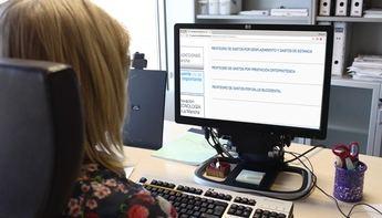 Sescam y sindicatos proponen una OPE de consolidación para los informáticos