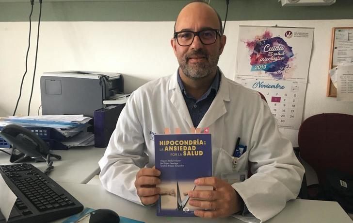 Un psicólogo clínico de Salud Mental de Albacete publica un manual sobre el diagnóstico y tratamiento de la hipocondría