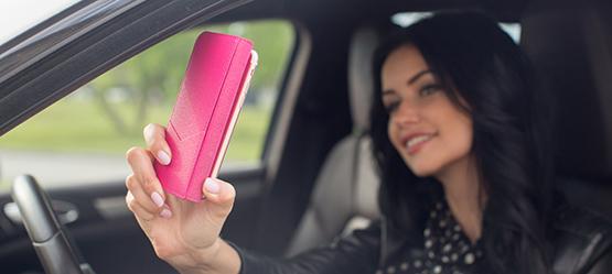 Los conductores de Castilla-La Mancha tienen el 'penoso' honor de ser lo que más selfis se hacen cuando van al volante