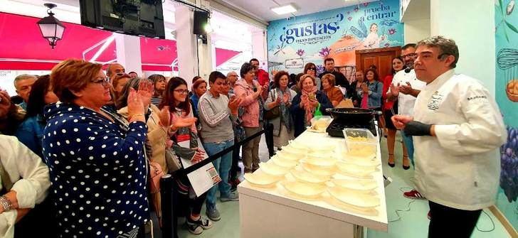 El risotto con arroz de los campos de Hellín y queso manchego de Rafael Herreros, en el stand de la Diputación de Albacete