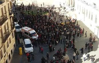 Cientos de tamborileros salen a la calle en Hellín para celebrar la declaración de Patrimonio Inmaterial