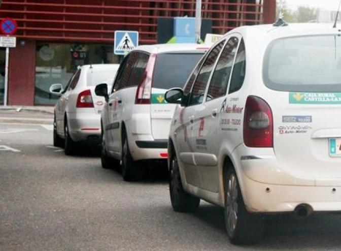 Imagen de archivo del servicio de taxi en Castilla-La Mancha.