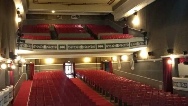 El Teatro Victoria de Hellín reabre su pantalla cinematográfica