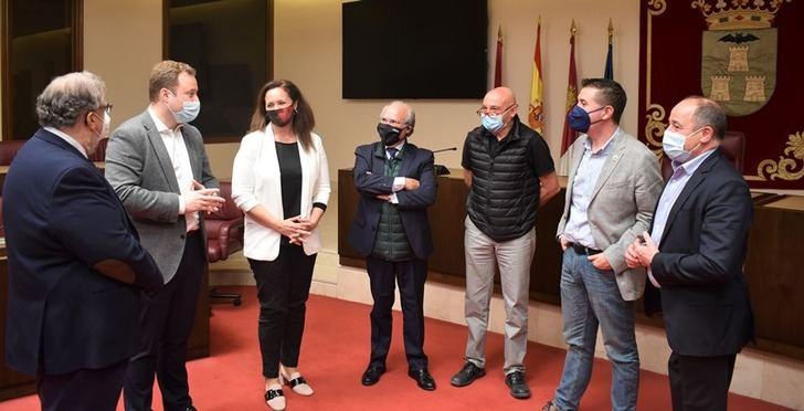 López-Galiacho coordinaría la mesa de seguimiento para lograr que el Teatro Circo de Albacete de declarado Patrimonio de la Humanidad