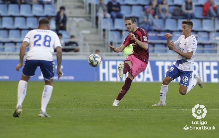 El Tenerife se reencuentra con el triunfo ante un Albacete débil en defensa (4-2)