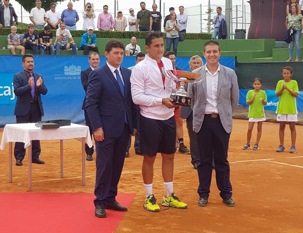 Nicolás Almagro disputará el Trofeo Ciudad de Albacete y sustituye a Guillermo García tras su lesión