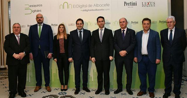 Teodoro García Egea, número 2 del PP nacional 'arropa' a Paco Núñez en un acto en Albacete