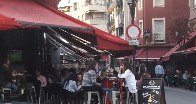 Controles en las terrazas de hostelería de Albacete para comprobar que se cumple la normativa