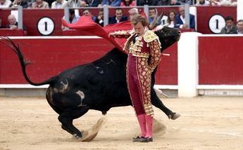 Oreja para Ginés Marín en la Feria de Albacete en una corrida nada vistosa