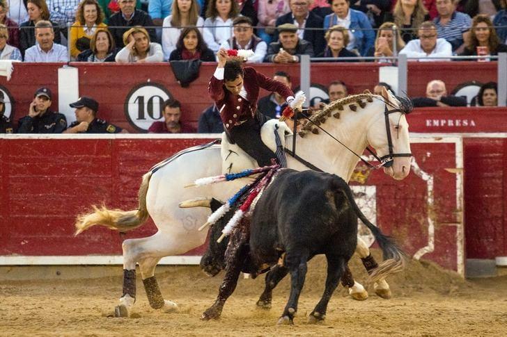 Diego Ventura estuvo sobresaliente y salió a hombros de la plaza de toros de Albacete