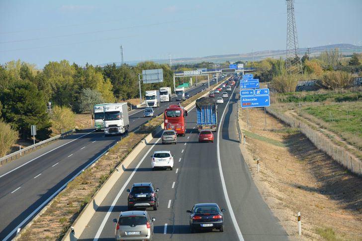 Tres accidentes en las carreteras de Albacete, con un muerto, en la primera fase de la operación de tráfico de Navidad