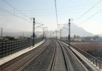 Adif licita la redacción de proyectos de protección de plataforma en Alta Velocidad por 1,3 millones de euros
