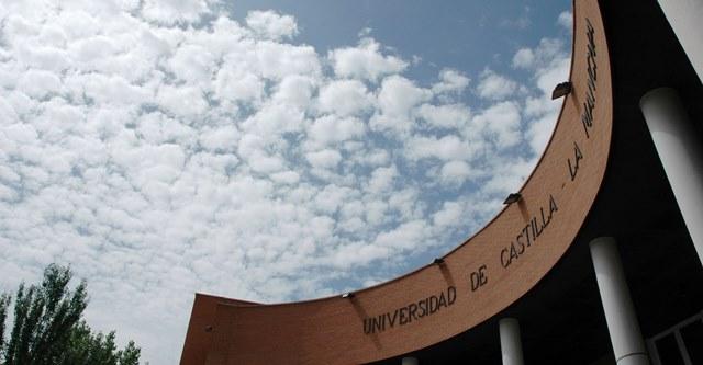 La Junta de Castilla-La Mancha advierte a la UCLM que gestionará los fondos del COVID-19