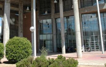 La UCLM asegura que los 590 casos de coronavirus detectados hasta esta semana han surgido fuera de sus instalaciones