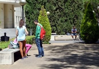 Los universitarios viven con incertidumbre si la COVID-19 afectará a su futuro