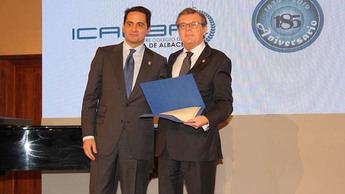 La UCLM, distinguida con la Insignia de Oro del Colegio de la Abogacía de Albacete