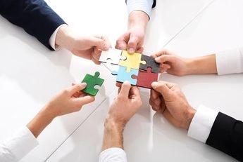 Unión de Créditos Inmobiliarios colabora con la Fundación Juan XXIII Roncalli en la VIII Semana Internacional del Voluntariado Corporativo
