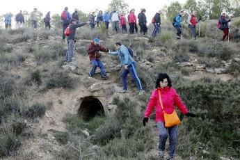 Valdeganga sorprendió a los participantes de la Ruta Senderista de la Diputación de Albacete