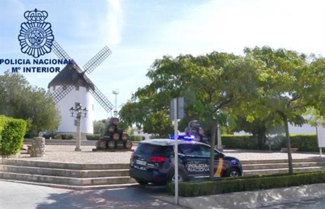 Un hombre que conducía ebrio y transportaba 53 gramos de cocaína, pillado en un control en Valdepeñas (Ciudad Real)