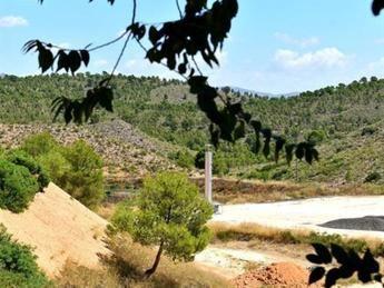 Concluyen las obras de sellado del vertedero del Centro de Tratamiento de Residuos Urbanos de Hellín (Albacete)