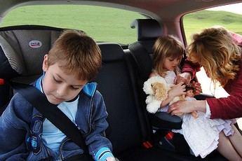 Viajar con niños, ¿qué accesorios son indispensables?