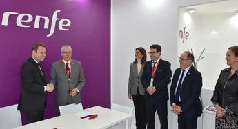 El Ayuntamiento de Albacete y Renfe firman un convenio para promoción de la ciudad y descuentos a viajeros