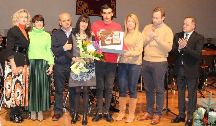 La FAVA de Albacete rinde homenaje póstumo a Carlos Álvarez y Blas Pastor