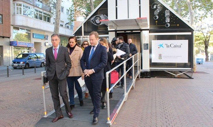 El Paseo de la Feria de Albacete alberga una exposición sobre el ingenio de Leonardo da Vinci