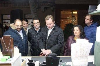 Albacete disfruta de un mercado y muestra de artesanía durante la Navidad