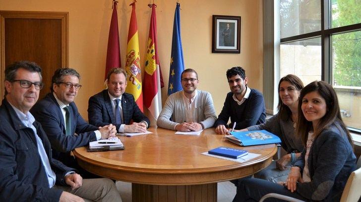 El Ayuntamiento de Albacete se compromete con Unicef a reactivar el Consejo Municipal de la Infancia