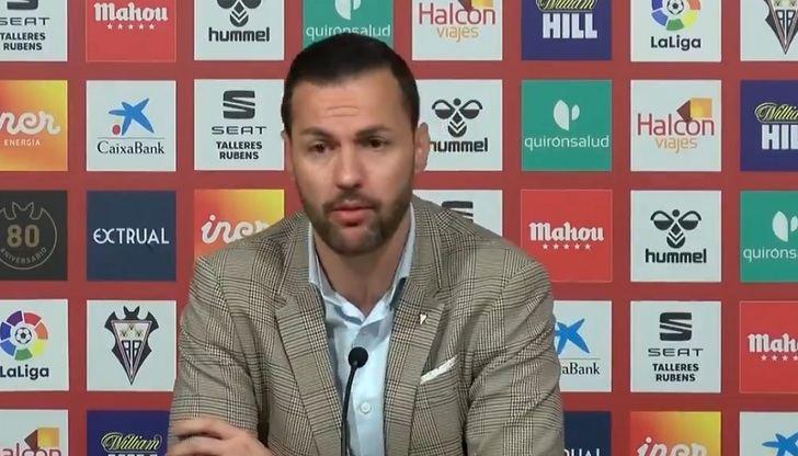 Los dirigentes del Albacete Balompié pagan su propio fracaso cesando al director técnico y al entrenador