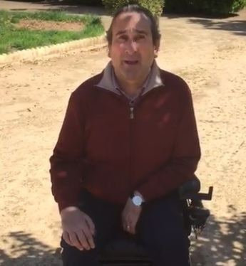 Núñez (PP) denuncia el trato inhumano del PSOE de Page a un vecino de Villarrobledo en silla de ruedas