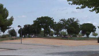 Villarrobledo refuerza los trabajos de puesta a punto de las zonas verdes para recibir a la Feria y fiestas 2021