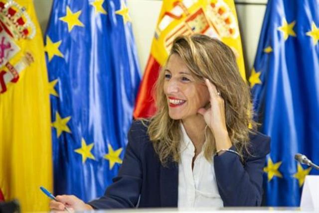 Díaz, en Albacete, dice que abordará la subida del SMI 'con mucho cariño' y vería una 'anomalía' no sumarse a la tendencia europea