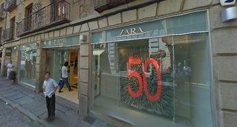 Yo sí estoy abierto', campaña de tiendas y bares para mostrar que el casco antiguo de Toledo sigue vivo pese al cierre de Zara